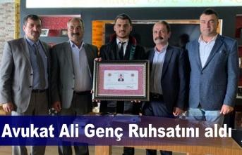 Avukat Ali Genç Ruhsatını aldı