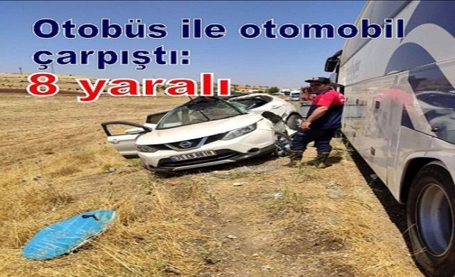Otobüs ile otomobil çarpıştı: 8 yaralı