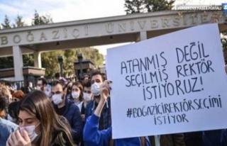 Boğaziçi'nde rektör protestosu sürüyor