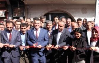 AK Parti Seçim bürosu açılışı
