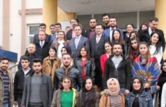 Kaymakam Zafer Sağ Ziraat Fakültesi İMYO Öğrencileri ile bir araya geldi