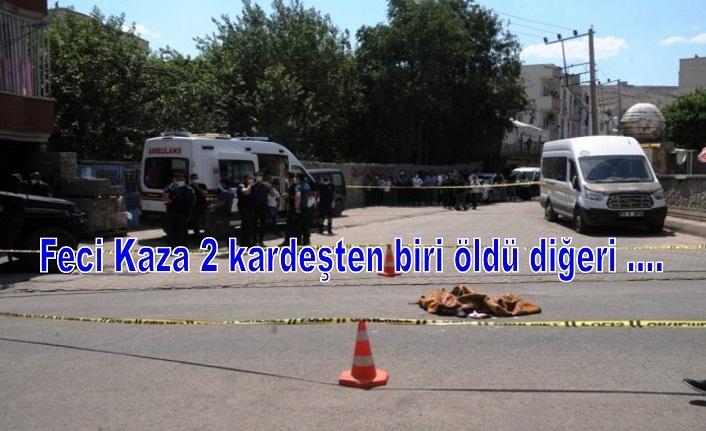 Feci Kaza 2 kardeşten biri öldü diğeri ....
